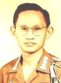 Hồi Ký tù cải tạo của Đại Tá Nguyễn Huy Hùng